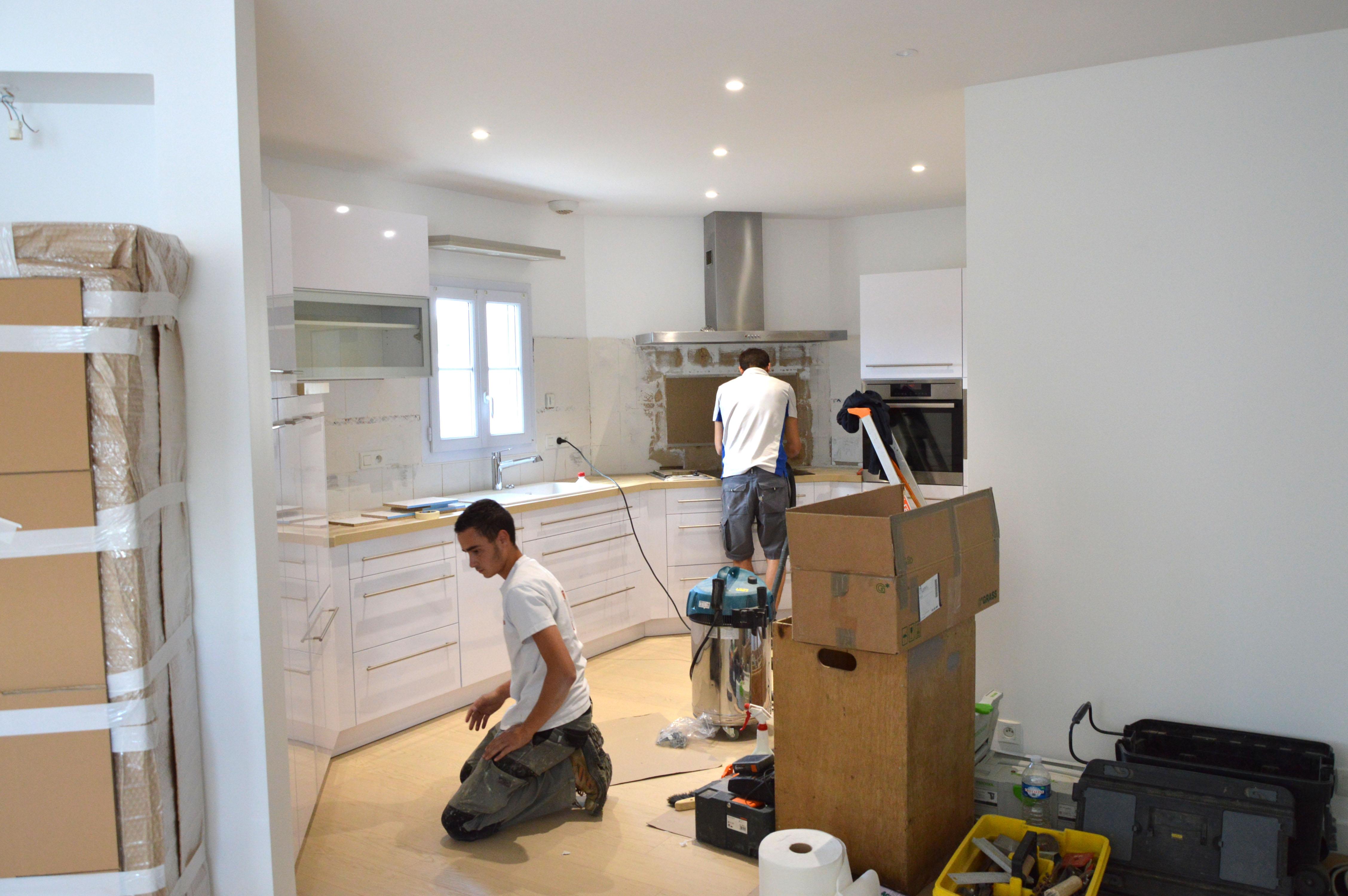 R novation compl te d 39 une maison saint gilles croix de for Renovation cuisine 3d