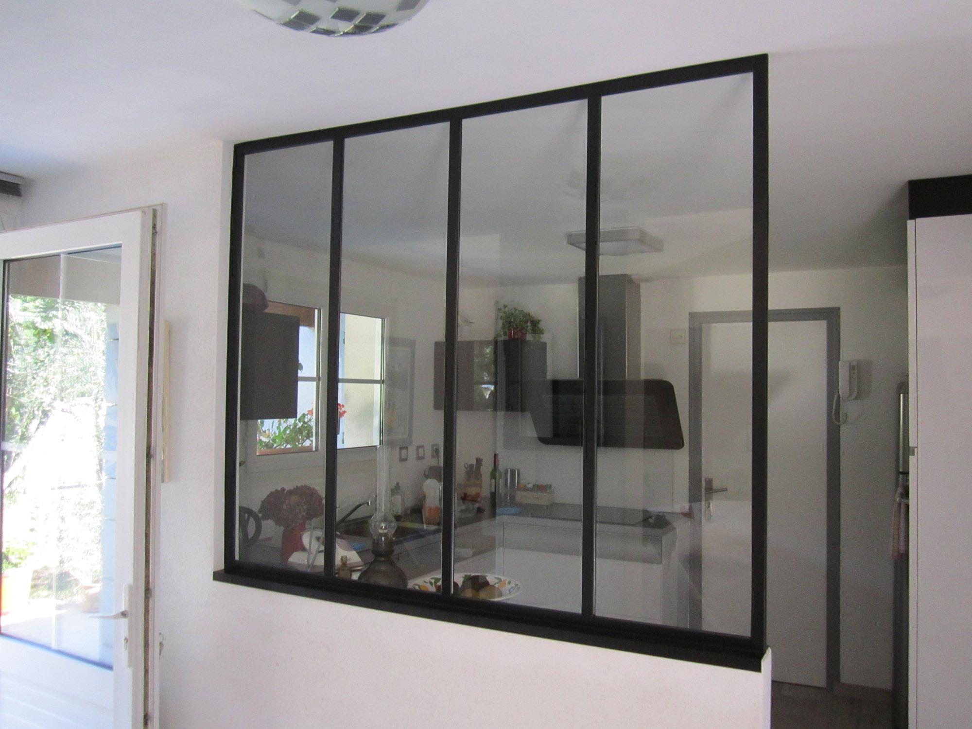 Photo - Fenêtre de séparation cuisine salle a manger - Remaud Menuiserie
