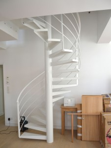 pose dun nouvel escalier saint gilles croix de vie - remaud menuiserie